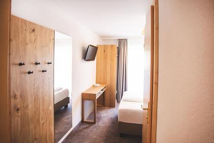 Einzelzimmer im Dolomitenhof